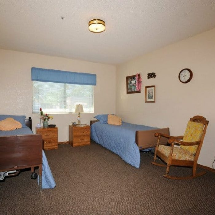 class-act-assisted-living-glencove-1