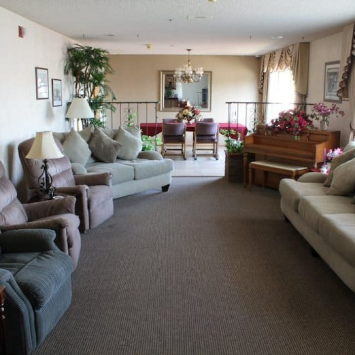 class-act-assisted-living-glencove-5